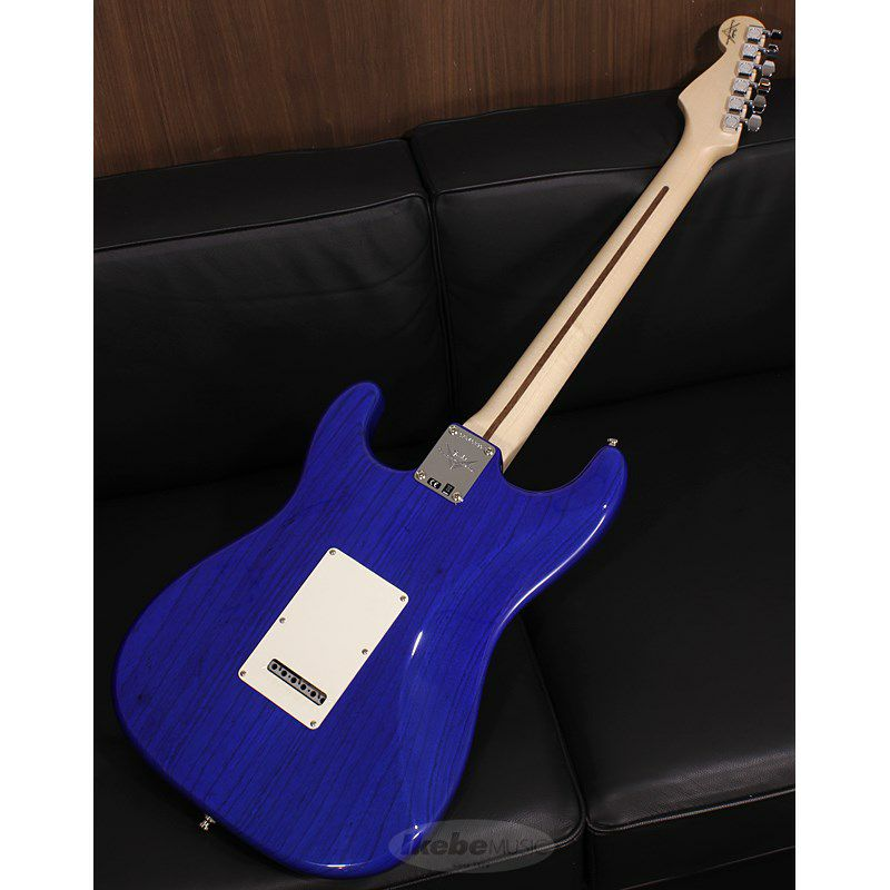 Custom Deluxe Stratocaster Hand Selected Quilt Maple Top NOS HSS, Cobalt Blue Transparent/R SN.CZ546390 【イケベオーダーモデル】 【ポイント18%還元】_2