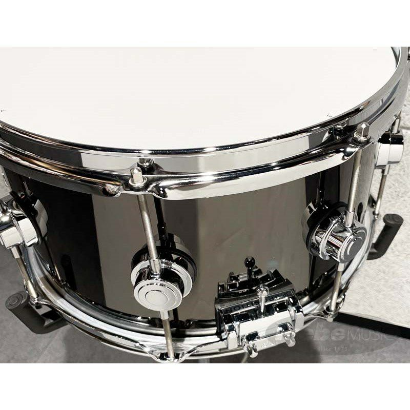 DW-BNB1307SD/BRASS/C [Collector's Metal Snare / Black Nickel Over Brass 13×7]【展示品入れ替え特価!】_4