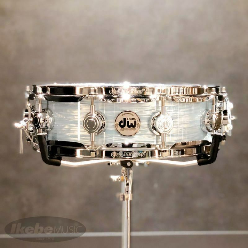 DW-CL1404SD/FP-PBOY/C [Collector's Pure Maple 14 x 4 Pale Blue Oyster]【展示品入れ替え特価!】_1