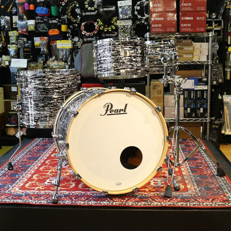 Reference PURE ASSEMBLED IN JAPAN 4pc Drum Kit [BD22,FT16,TT10&12 / Black Oyster Glitter]_1