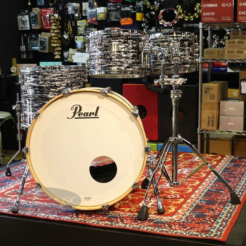 Reference PURE ASSEMBLED IN JAPAN 4pc Drum Kit [BD22,FT16,TT10&12 / Black Oyster Glitter]_2